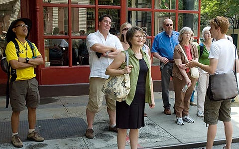walkingtour_foodsofny_560.jpg