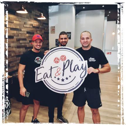 Enseigne by fadamentalpics - Eat and Pla