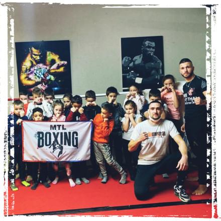 Drapeau by fadamentalpics - MTL Boxing.j