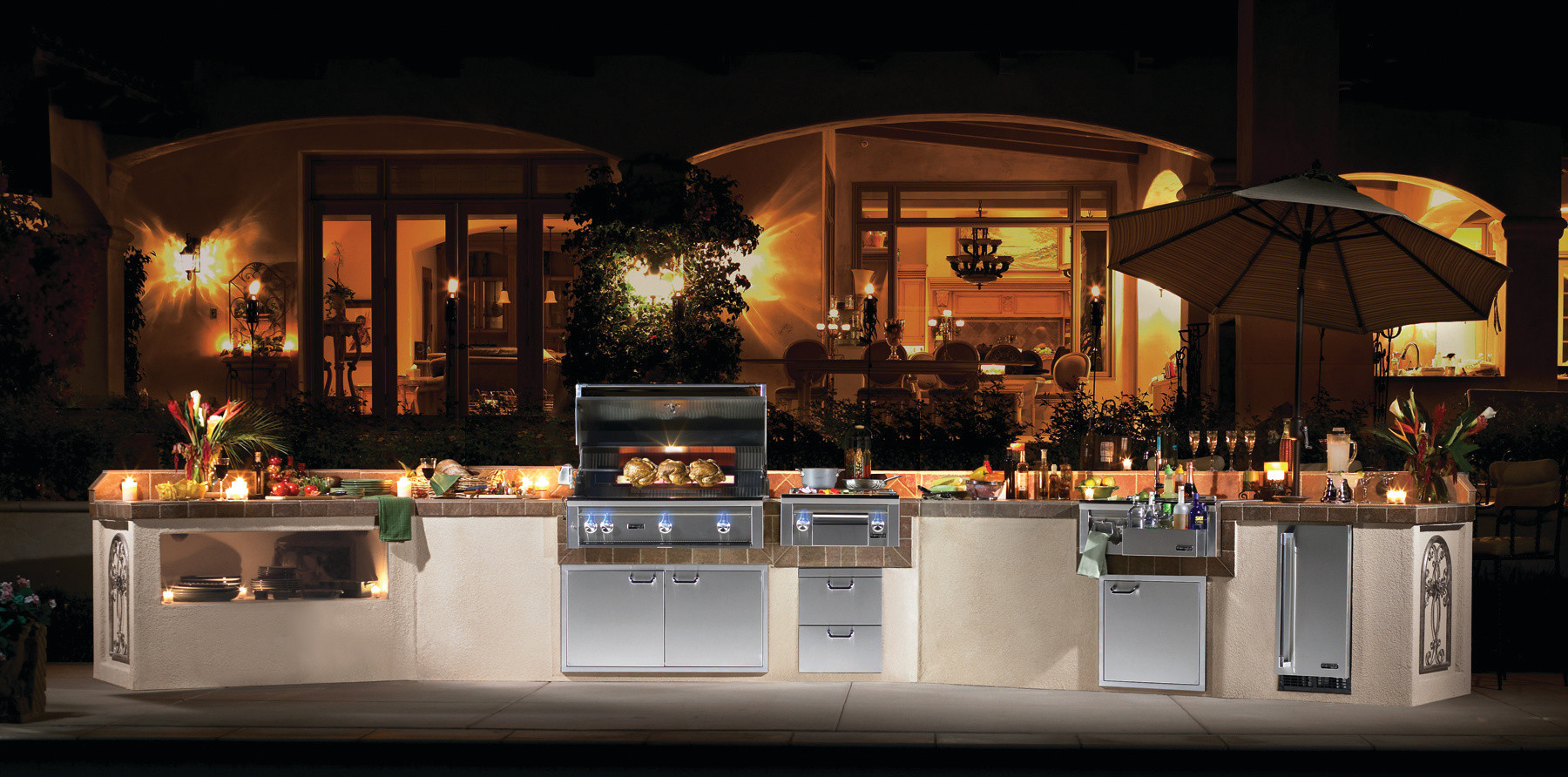 Lynx Outdoor Kitchen from Kitchen in the