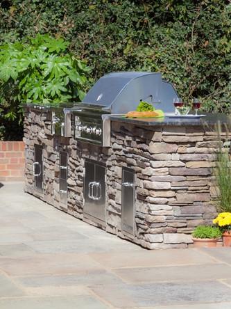 Kitchen in the Garden - Dry Stone Lynx Kitchen 1