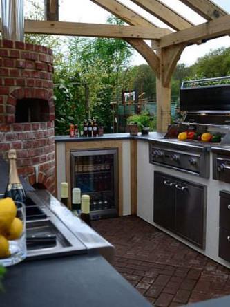 Kitchen in the Garden - Lynx