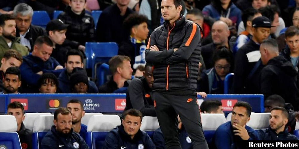 Frank Lampard frustratingly watches as Chelsea lose at home in Champions League
