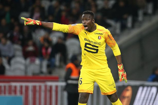 Goalkeeper Edouard Mendy with Rennes