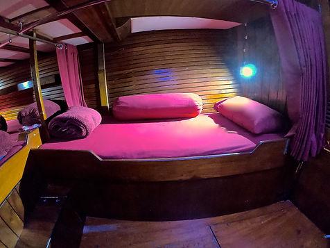 Swel Lines Boat AC Cabin Mentawai
