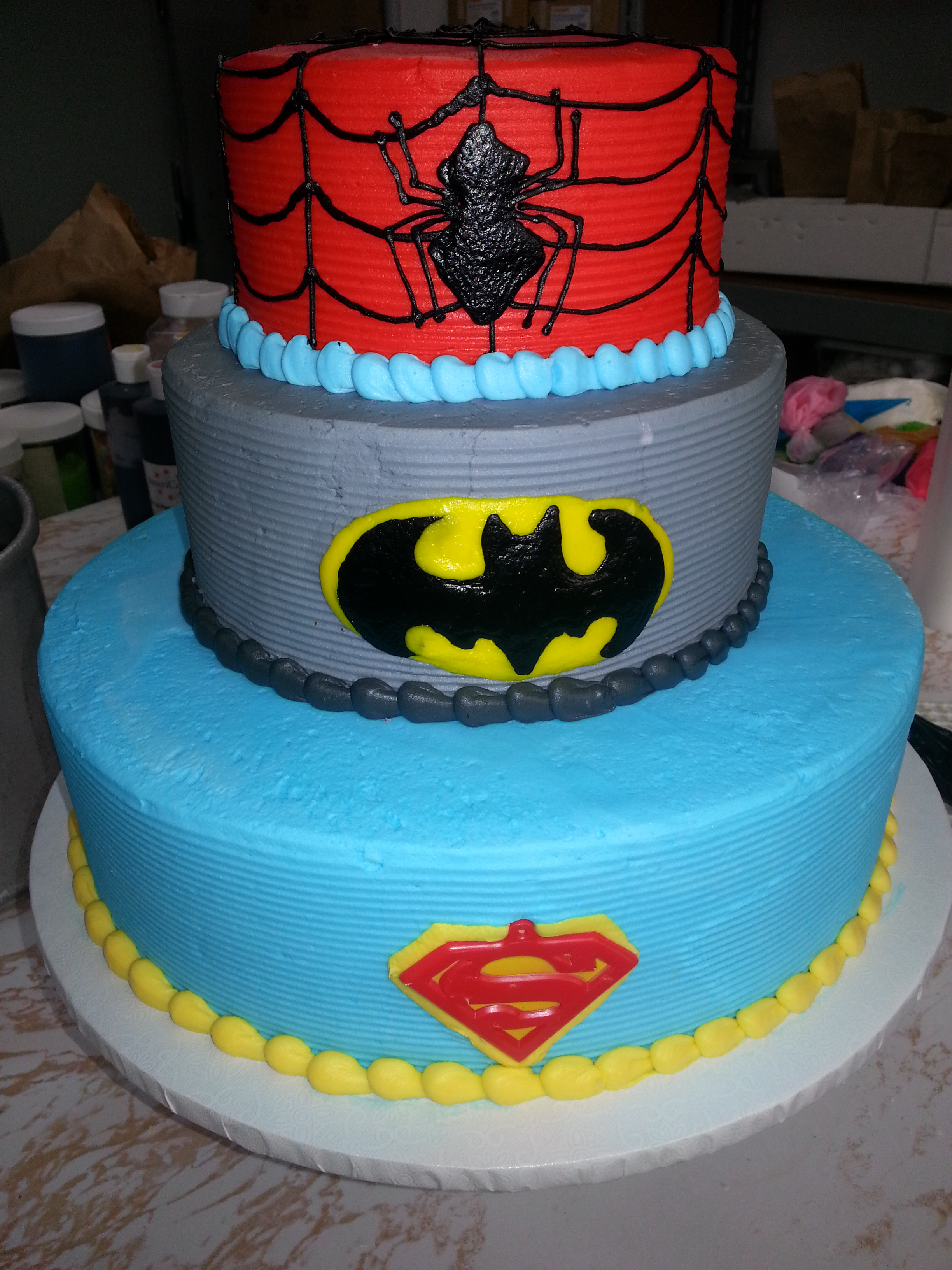 Spider Bat Super men cake