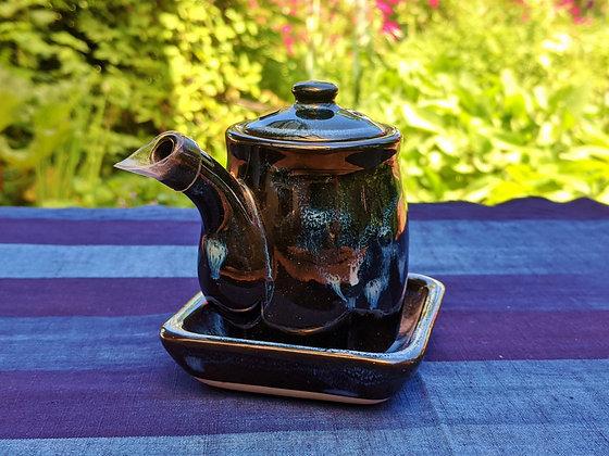 Aizu-Hongō Ceramics - soy sauce pourer and saucer