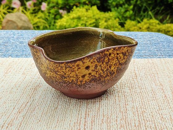 Shōdai Ceramics - clover leaf bowl