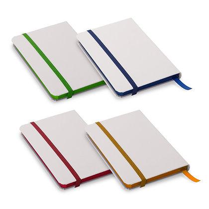 - מחברת מעוצבת עם מקום לעט וסימניה צבעונית שולי הדפים בתוספת צבע גודל A5