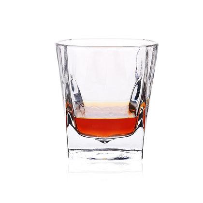 ג'ימס - כוס ויסקי מעוצבת