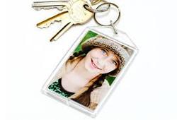 מחזיק מפתחות אקרילי עם הדפסה לפרסום,