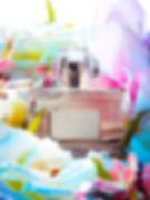 bodegon, saturado, colores, frios, flores, frasco, floral,