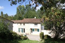 Façade Gîte Rural La Grenouille