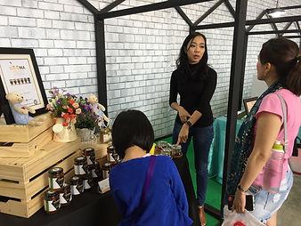 beema honey customers at weekend organic market