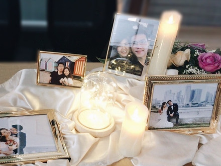 Photo Display Table