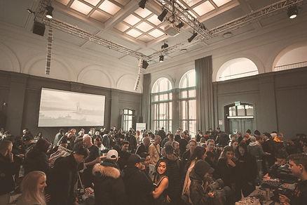 Firmen Event_edited.jpg