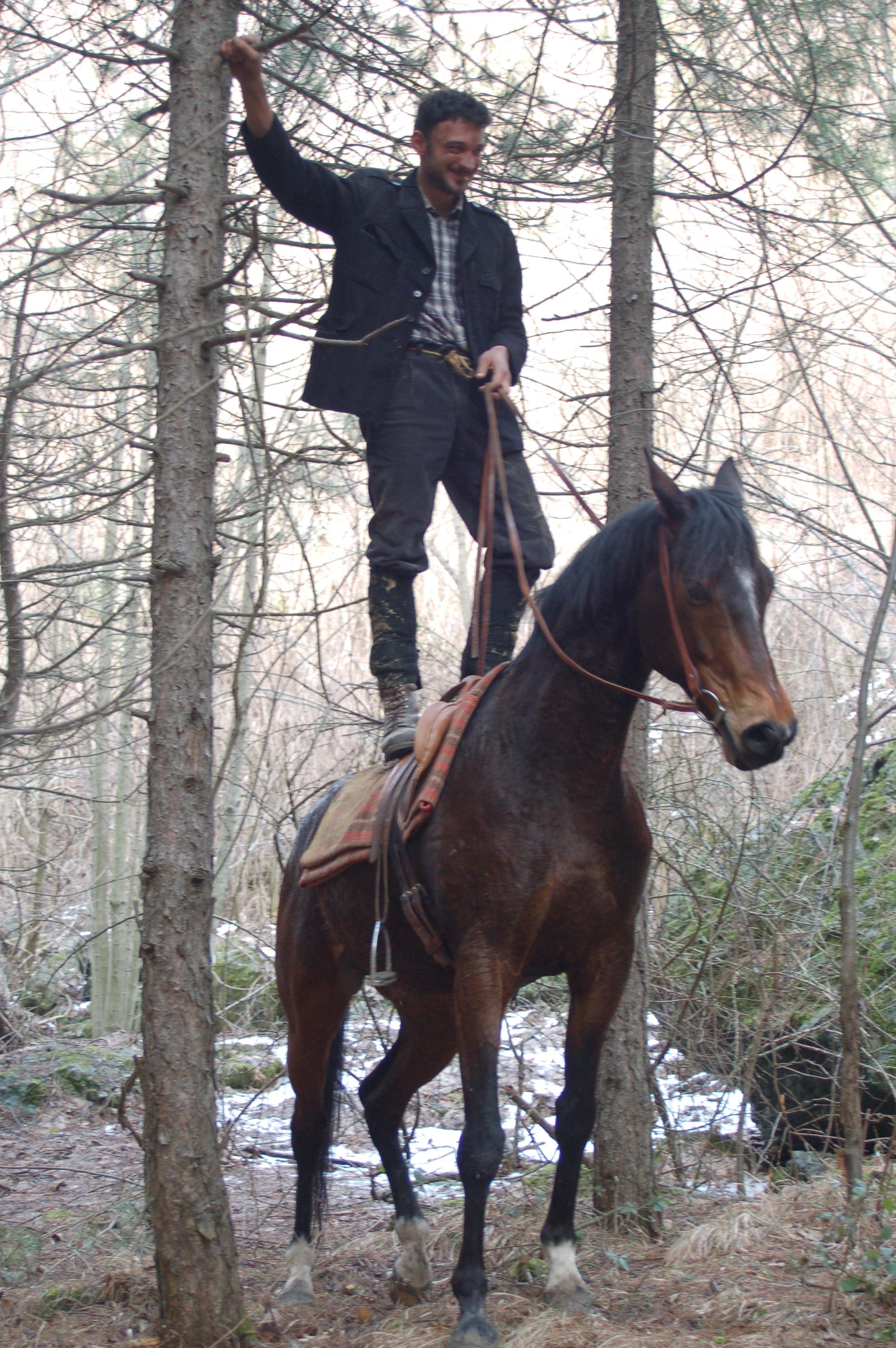 partigiano a cavallo.JPG