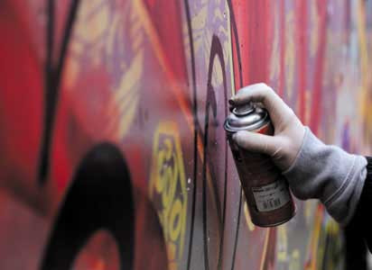 « Making graffiti » : pose illégale de graffiti sur la propriété d'autrui à New York