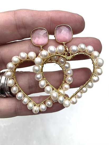 Mona Lisa Pink and Heart Pearl Earrings