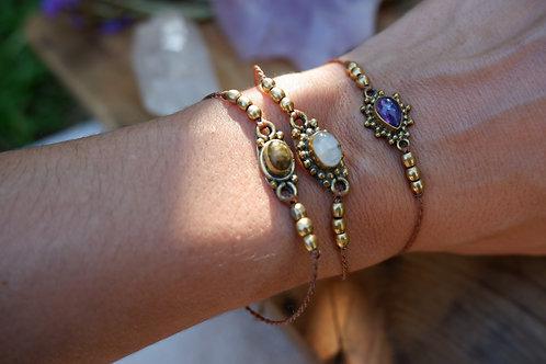 Simple stone bracelet