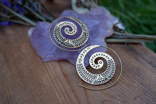 Brass tribal spiral