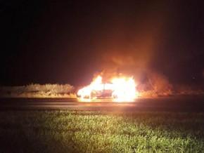 Veículo é encontrado em chamas na ERS 317 em Redentora