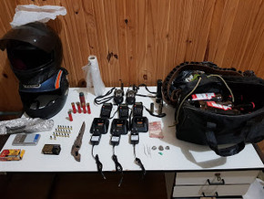 Brigada Militar de Piratini prende dois homens por tráfico de drogas