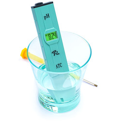 pH meter with manual calibration from 7Pros