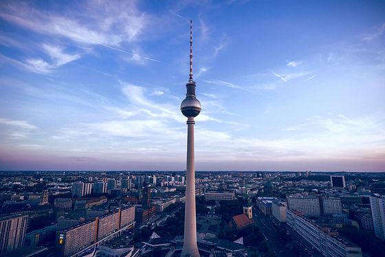 Berlin%20Fernsehturm_edited.jpg