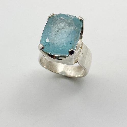 'AquaMarine in it's essence' Ring