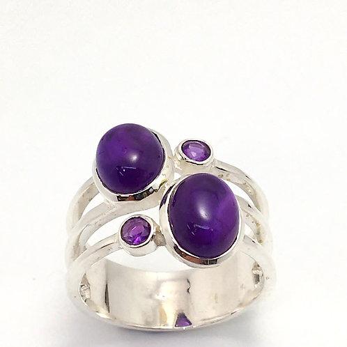 Classic Amethyst Ring