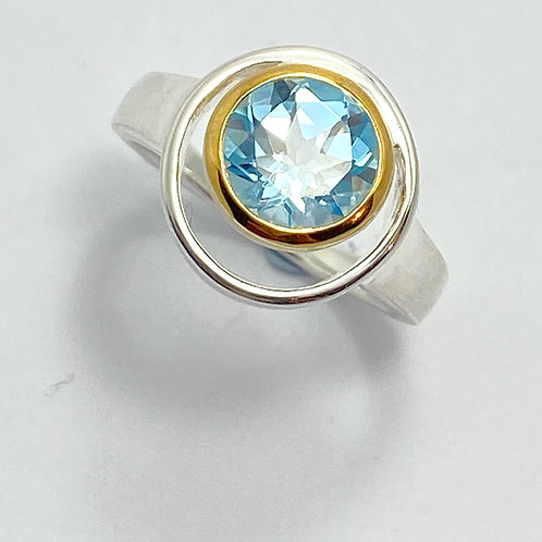Classic Two Tone Blue Topaz Ring