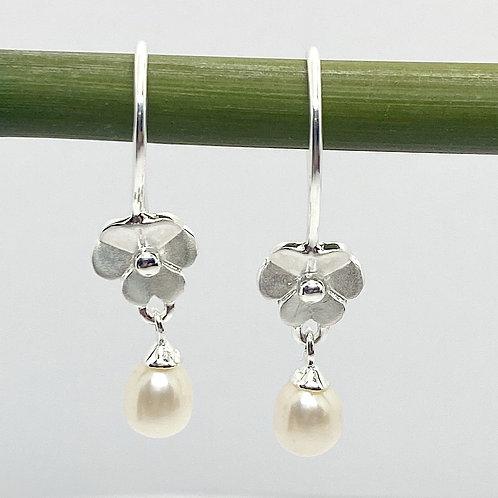 Flower Pearl Drop Earrings