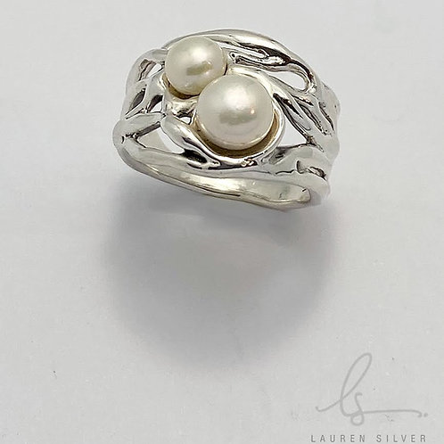 Organic Pearl Set Ring