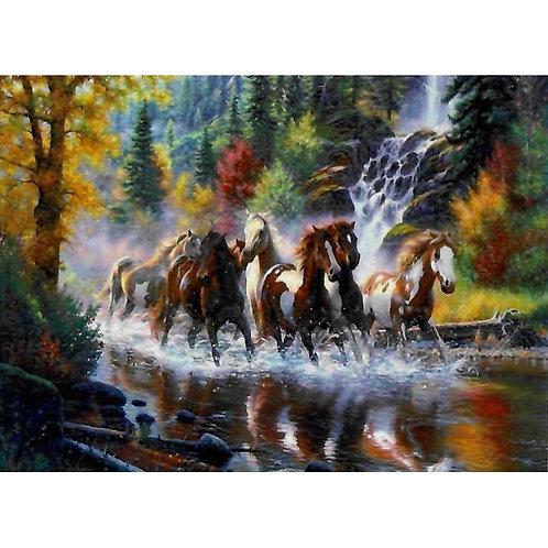 Алмазная живопись 40*50 см ПОЛНОЕ Табун лошадей Модель: 301242
