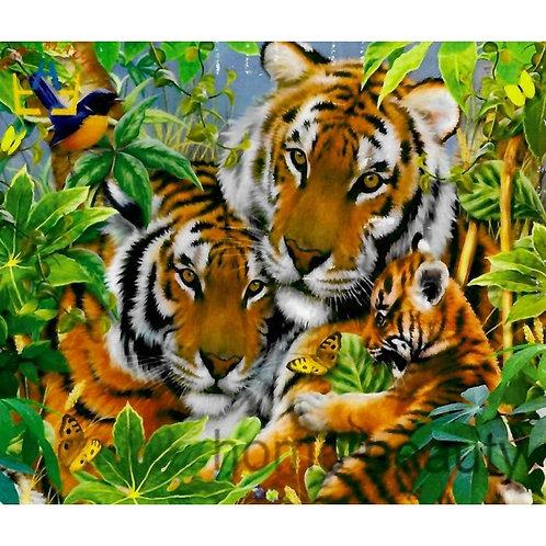 Алмазная живопись 40*50 см ПОЛНОЕ заполнение Семья тигров Модель: 301277