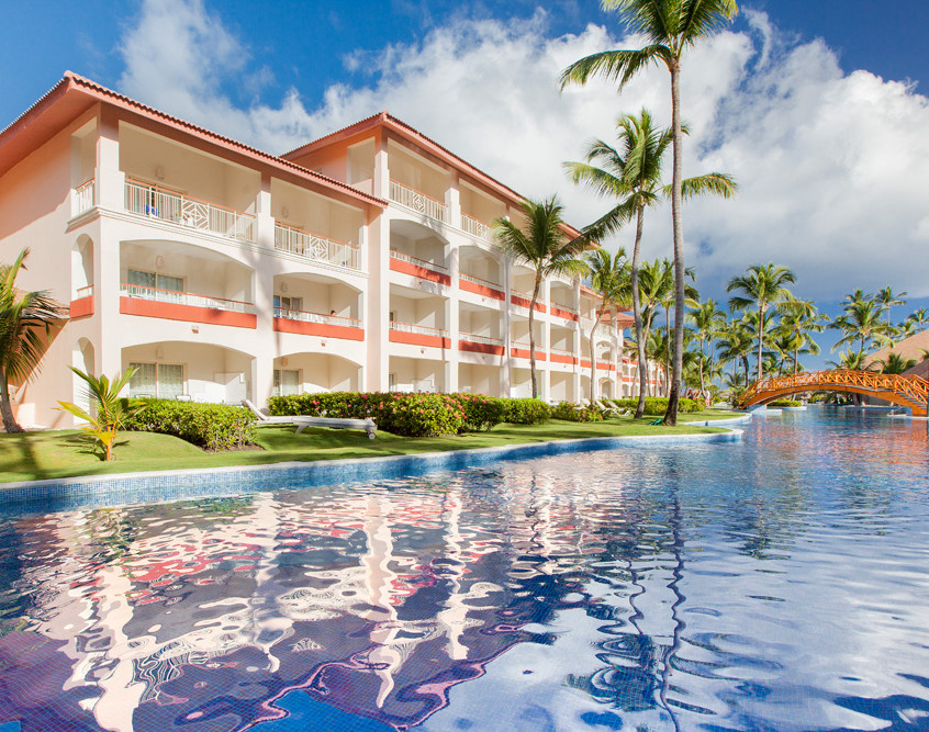 majestic colonial punta cana pic pool