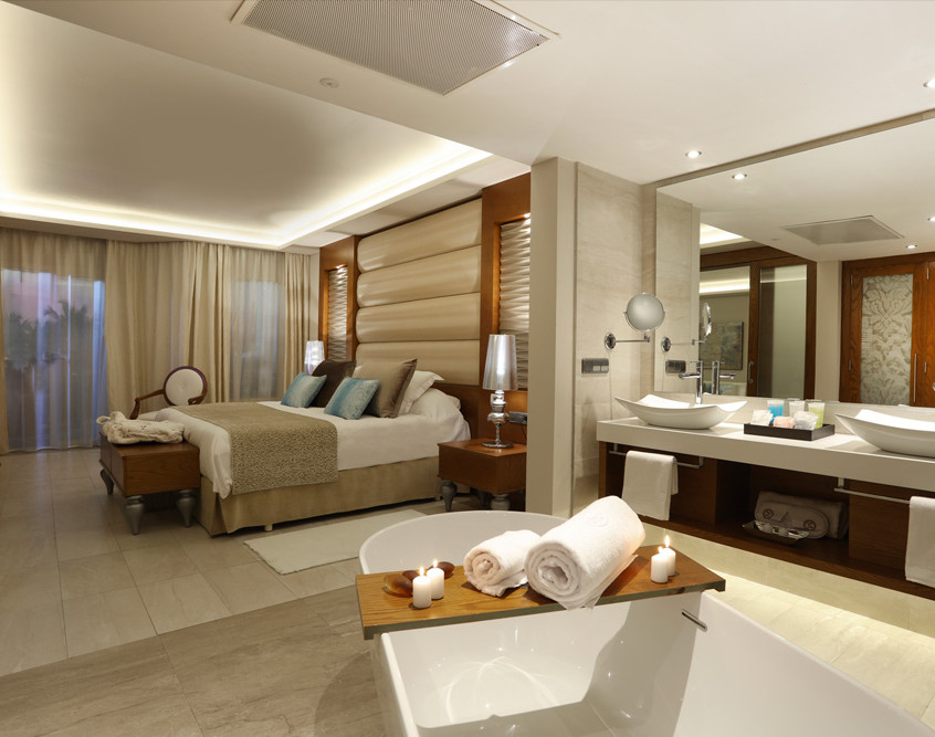 majestic mirage room pic 2