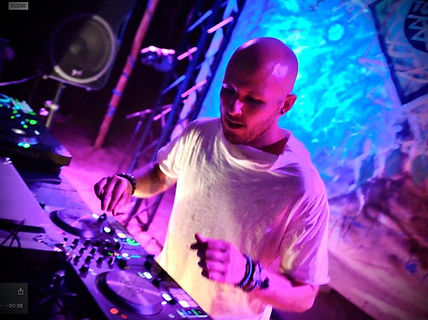 TOTALITY DJ.jpg