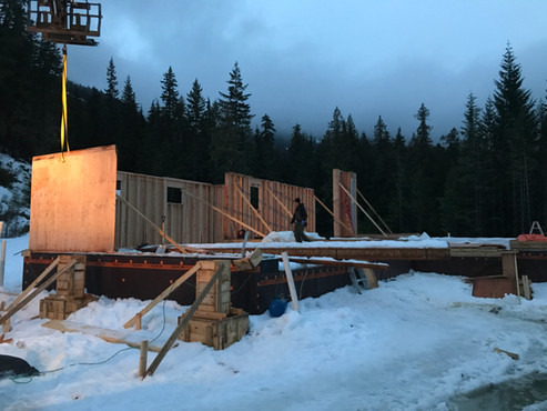 Kelowna's Contractor, Capenter, Concrete, Renovations, Framing, Builders, New Homes, Hardy Siding, Deck Construction