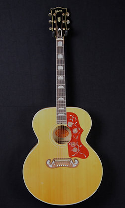 1968 Gibson J-200
