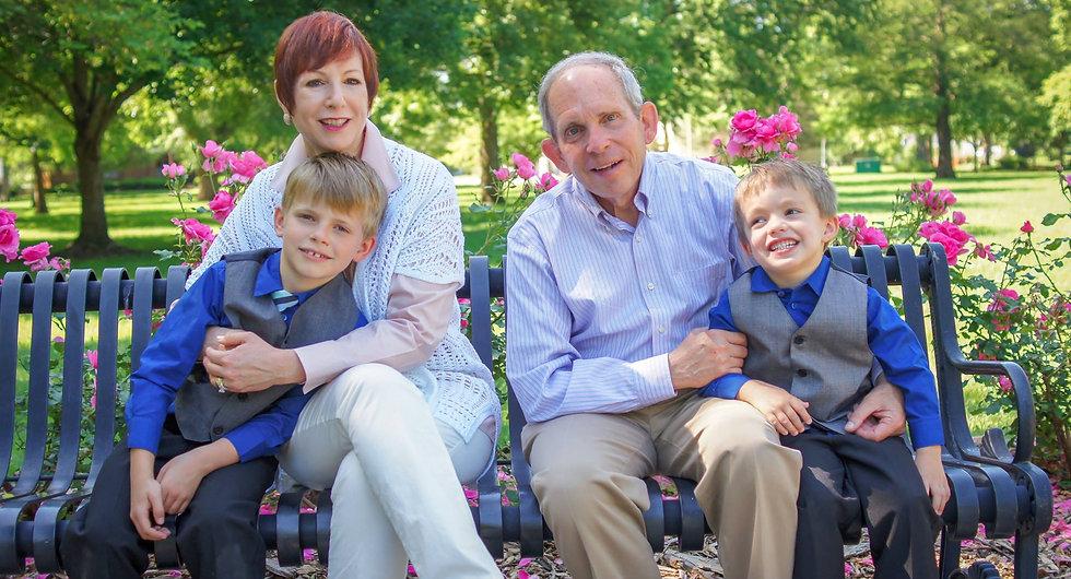 Lawrence KS Photo Shoot With Grandkids.j