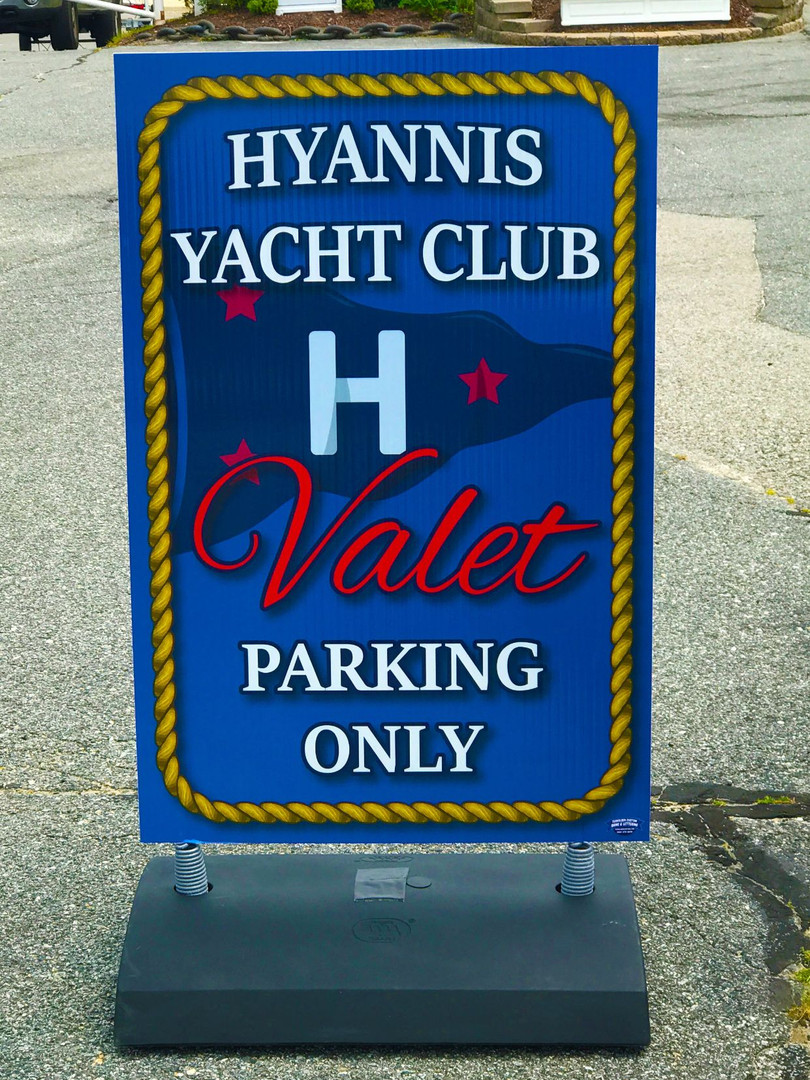 yacht club valete sign.jpg