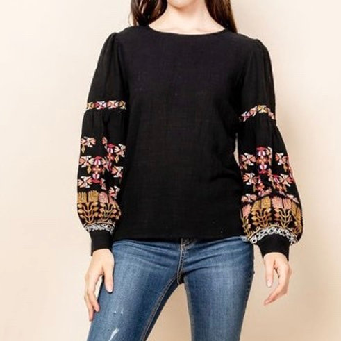 EMBROIDERED BALLOON SLEEVE WOVEN TOP