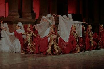 Dancers-Jerash-Festival_edited.jpg