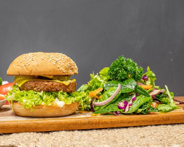 Gorilla Kitchen_ Royale Burger_2880x2304