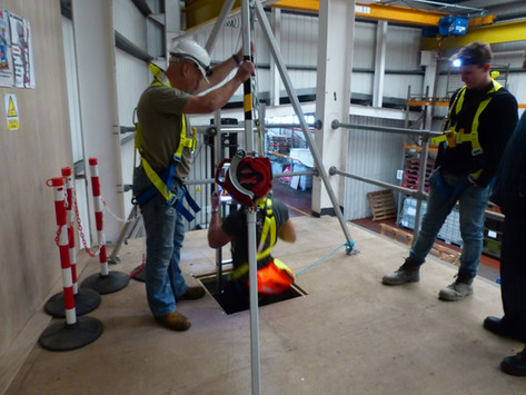 Level 5 Award in Manage Work in Confined Spaces