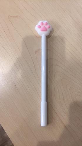 Medium Pen (white)