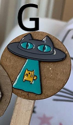 Metal Pin (UFO)