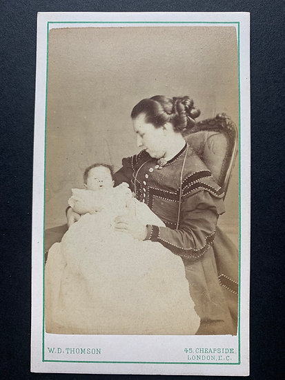 Possible Post Mortem Baby with Mother